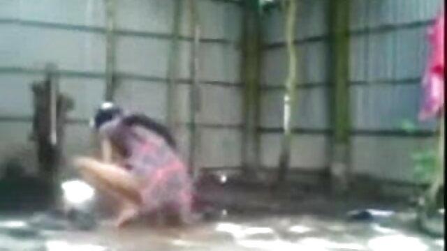 சூடான இளம் சாஷா கிரே மற்றும் ஒரு பெரிய கருப்பு சிறந்த இலவச செக்ஸ் சேவலுடன் BDSM!